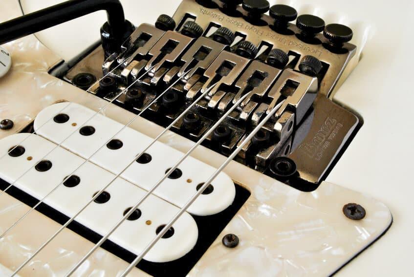 Ajustes puentes floyd rose, tune-o-matic, clavijeros etc.